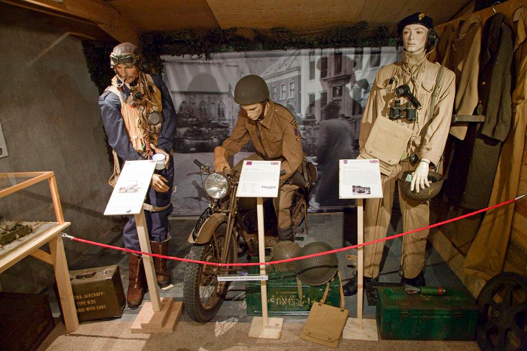 Oorlogs collectie 40-45 Aalten - Aalten - IMG_4434