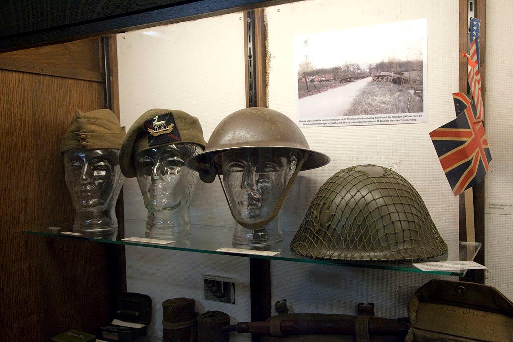 Oorlogs collectie 40-45 Aalten - Aalten - IMG_4469