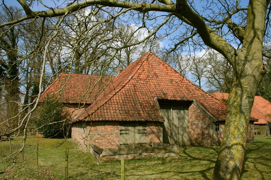 Boerderijmuseum De Lebbenbrugge - Borculo - achtergevel voorjaar Regio Achterhoek - Liemers