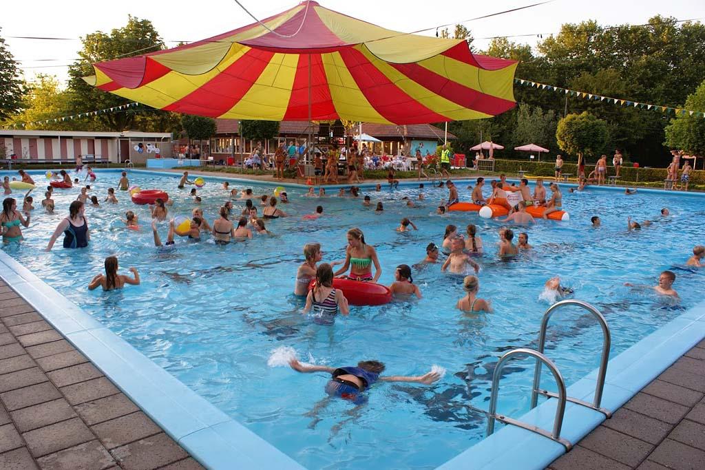 Burg. Kruijffbad - Steenderen - zwembad steenderen 2 Regio Achterhoek - Liemers